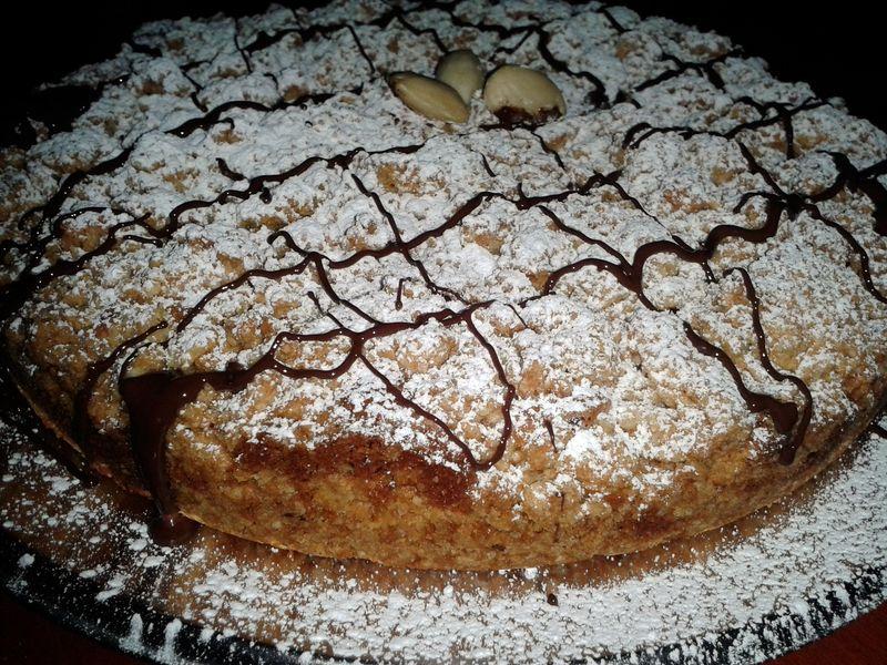Torta croccante con crema alle mandorle e cioccolato - torta2